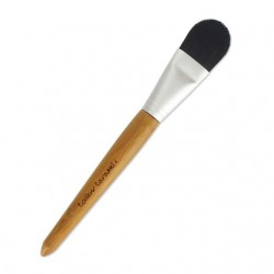 FOUNDATION BRUSH NO.4 COULEUR CARAMEL